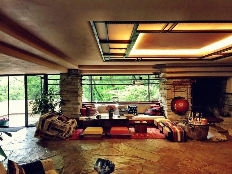 Pennsylvania il fascino di fallingwater la casa sulla for Interno della casa
