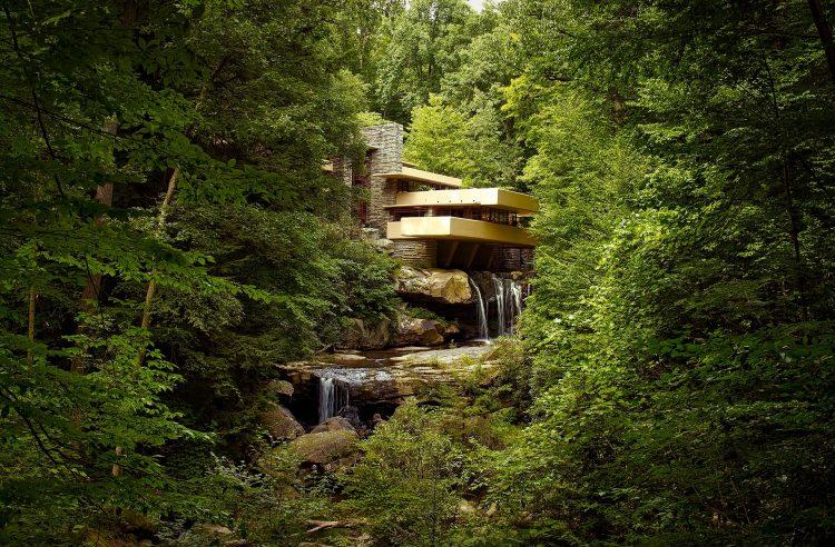 Il fascino di fallingwater la casa sulla cascata go america for Piccoli piani chiave della casa ovest